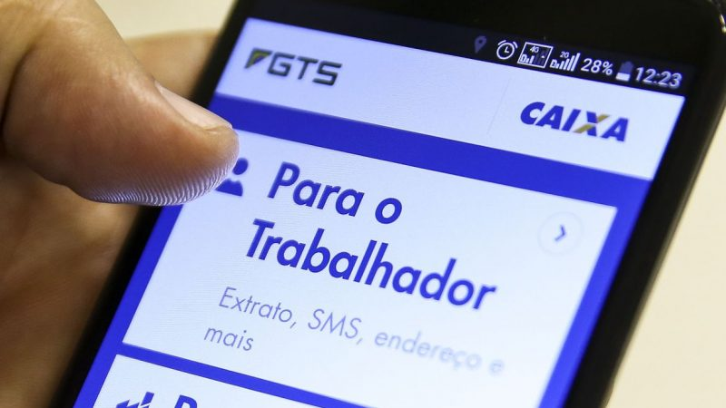 Caixa libera FGTS emergencial de até R$ 1.045 para nascidos em agosto