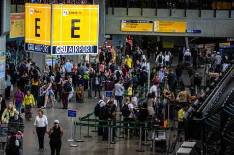Pandemia deixa passagens aéreas até 60% mais baratas