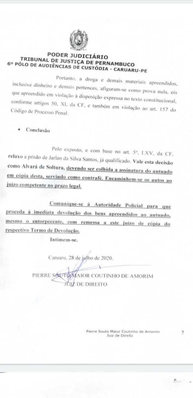 """JUIZ SOLTA PRESO E MANDA DEVOLVER DINHEIRO E DROGAS EM PERNAMBUCO; """"provas ilegais"""""""