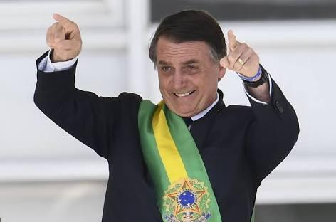 Bolsonaro prepara MP para reduzir conta de luz no Norte e Nordeste