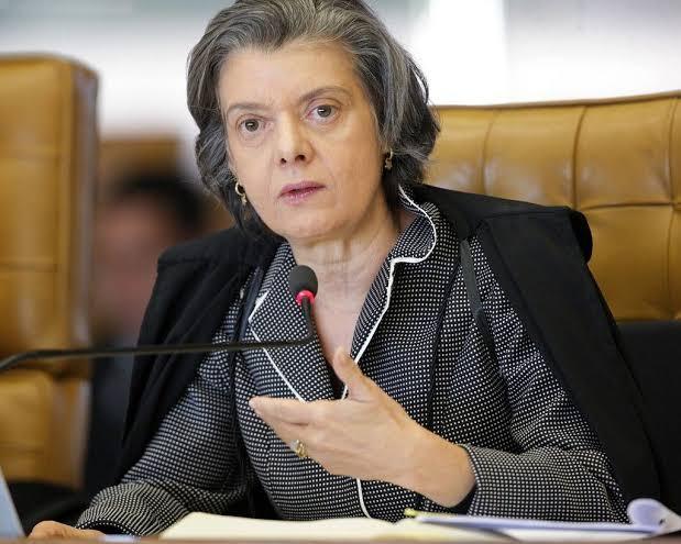 """STF INTIMA NOVAMENTE MINISTÉRIO DA JUSTIÇA PARA ENTREGAR DOSSIÊ DOS """"ANTI-FACISTAS"""""""