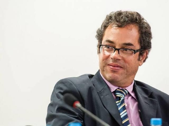 Colunista da Folha que atacou Bolsonaro e desejou sua morte por Covid é intimado pela PF para depor