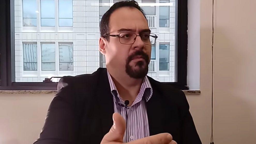 MP investiga membro do MBL por suposta posse de pornografia infantil