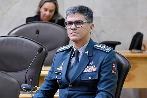 """Deputado propõe título de cidadão potiguar a Bolsonaro e diz que ele é o """"governador de fato do RN"""""""