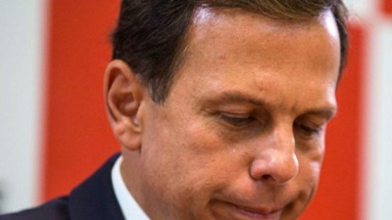 """Crise na gestão: Contrário a Doria, secretário de Saúde de SP diz que é contra 'lockdown'; """"As pessoas vão morrer de fome"""""""
