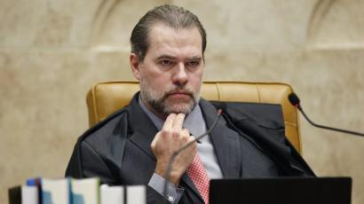 DIAS TOFFOLI ATENDE A BANCOS E MANTÉM COBRANÇAS DE CONSIGNADOS NO RIO E RN