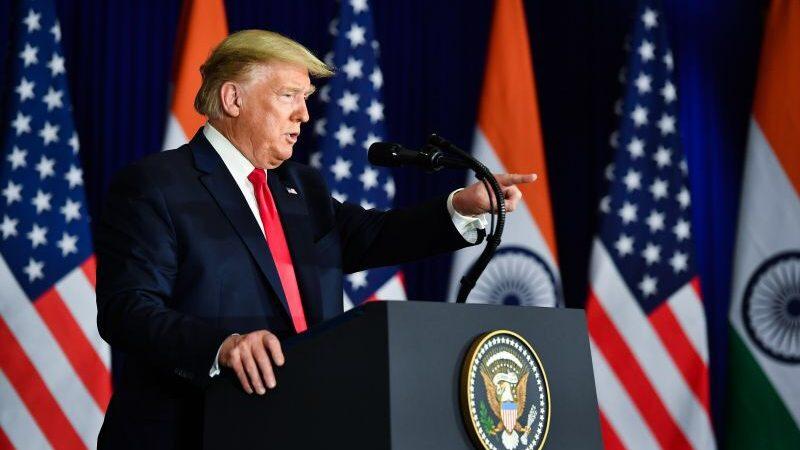 EUA: Trump anunciará permissão para uso de plasma no tratamento da COVID-19