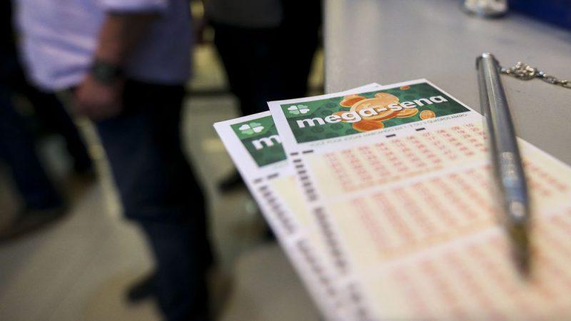 Mega-Sena acumula e prêmio pode chegar a R$ 47 milhões