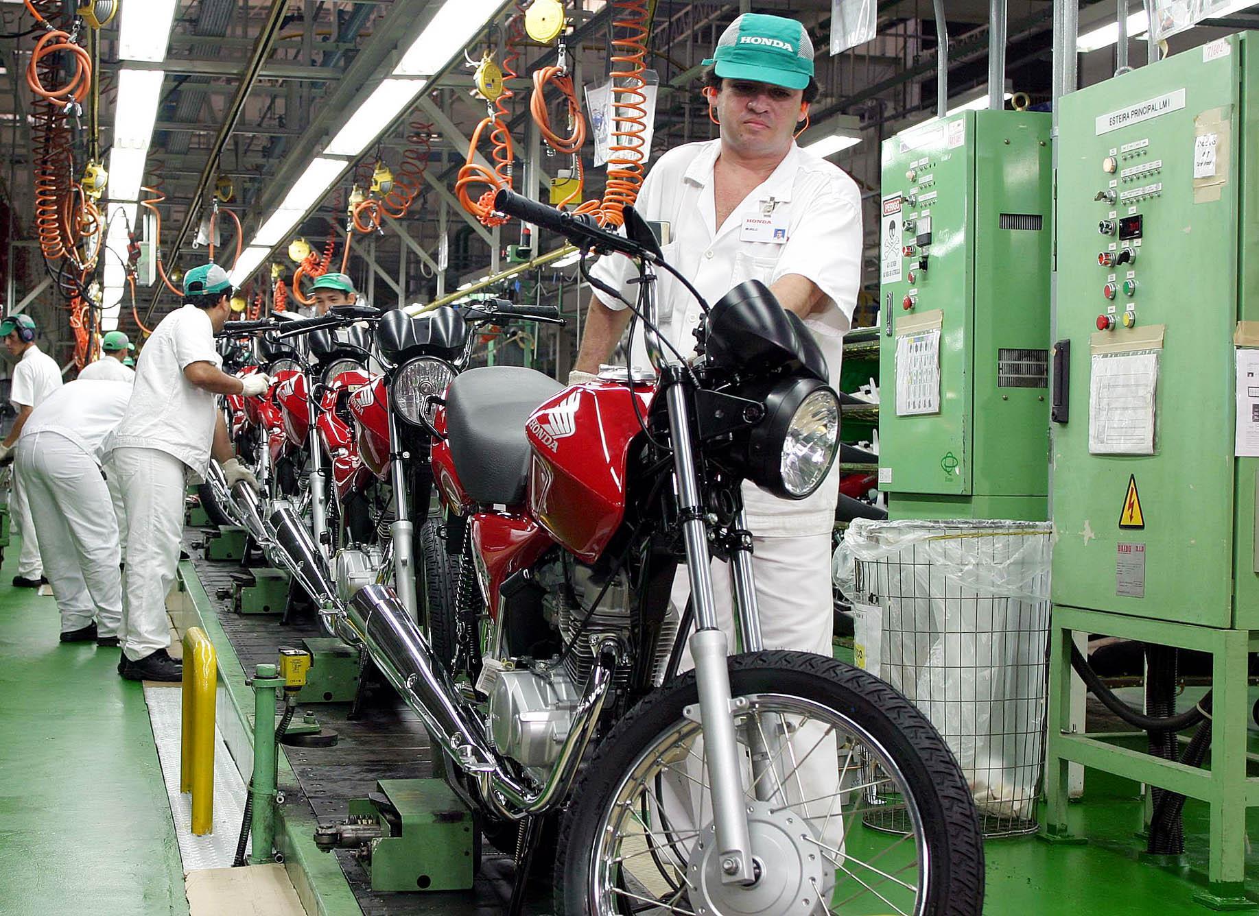 ECONOMIA EM ALTA: Demanda por bens de consumo duráveis subiu 72,1%, aponta Ipea