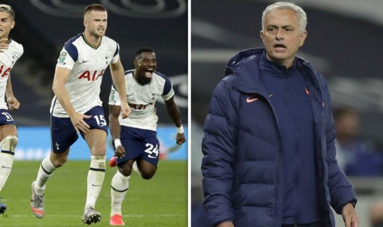 Jogador sai de campo com dor de barriga e Mourinho vai buscá-lo no banheiro