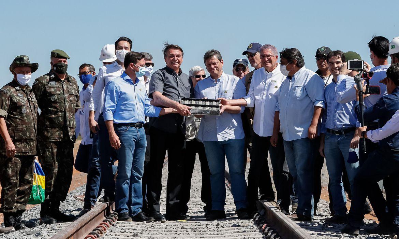 Governo Bolsonaro firma acordo com Exército para construção da Ferrovia Oeste-Leste na Bahia