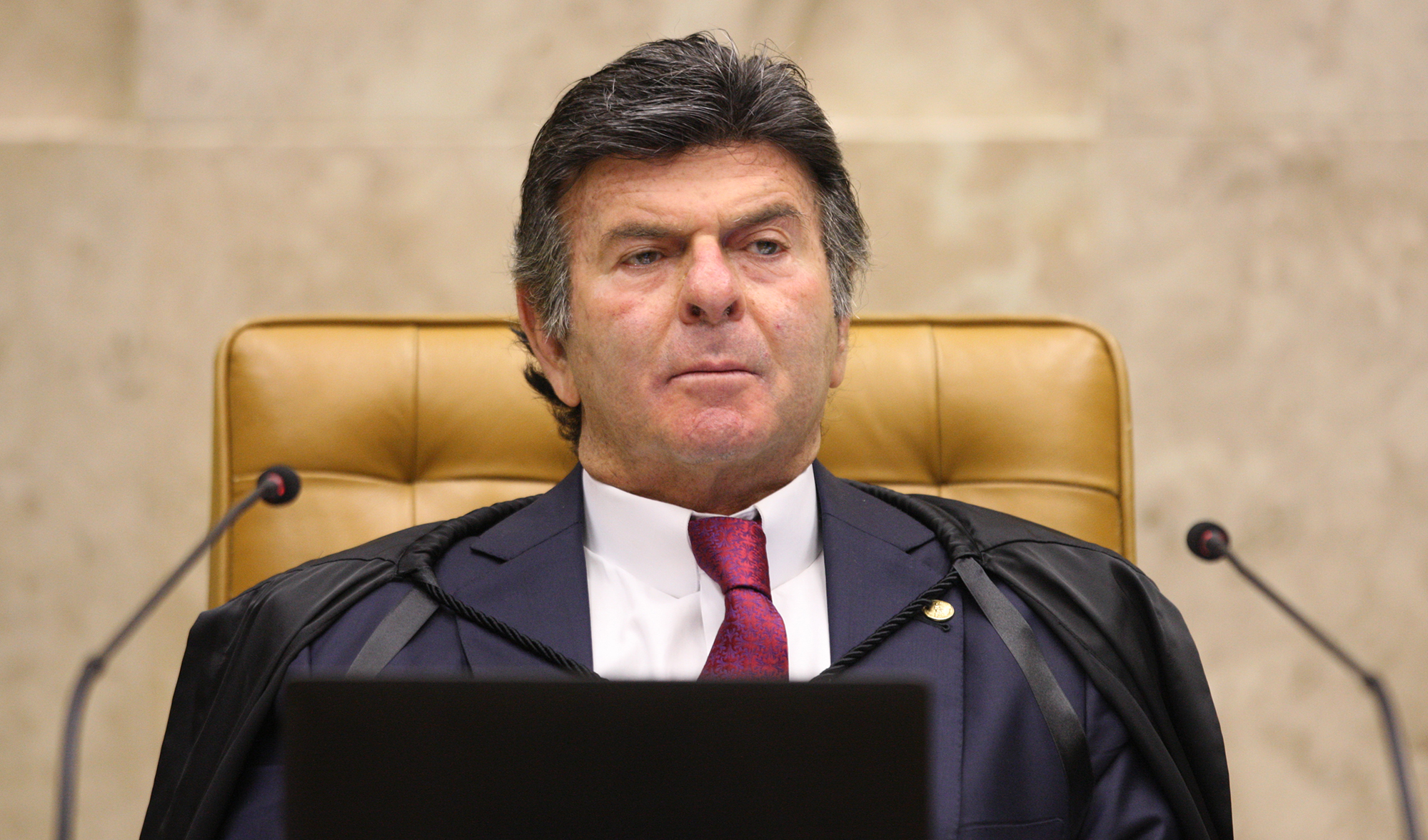 Novo presidente do STF, Luiz Fux é diagnosticado com Covid-19
