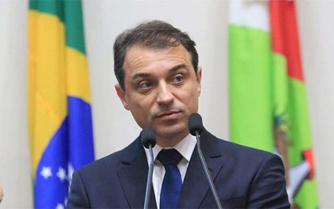Impeachment de governador Carlos Moisés é aprovado pela Assembleia de SC
