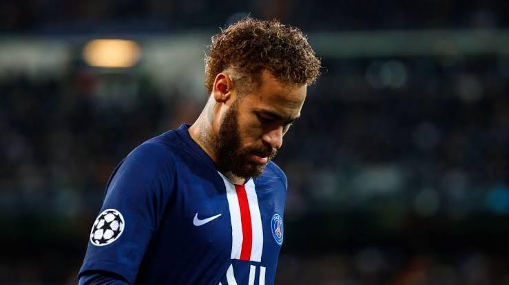 Neymar é diagnosticado com Covid-19, diz jornal francês
