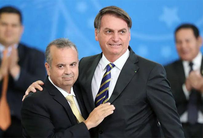 Governo Bolsonaro entrega mais de mil moradias no RJ