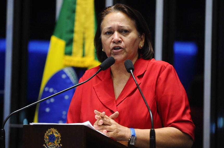 Fátima Bezerra veta projeto que obrigava a divulgação de informações sobre obras públicas paralisadas