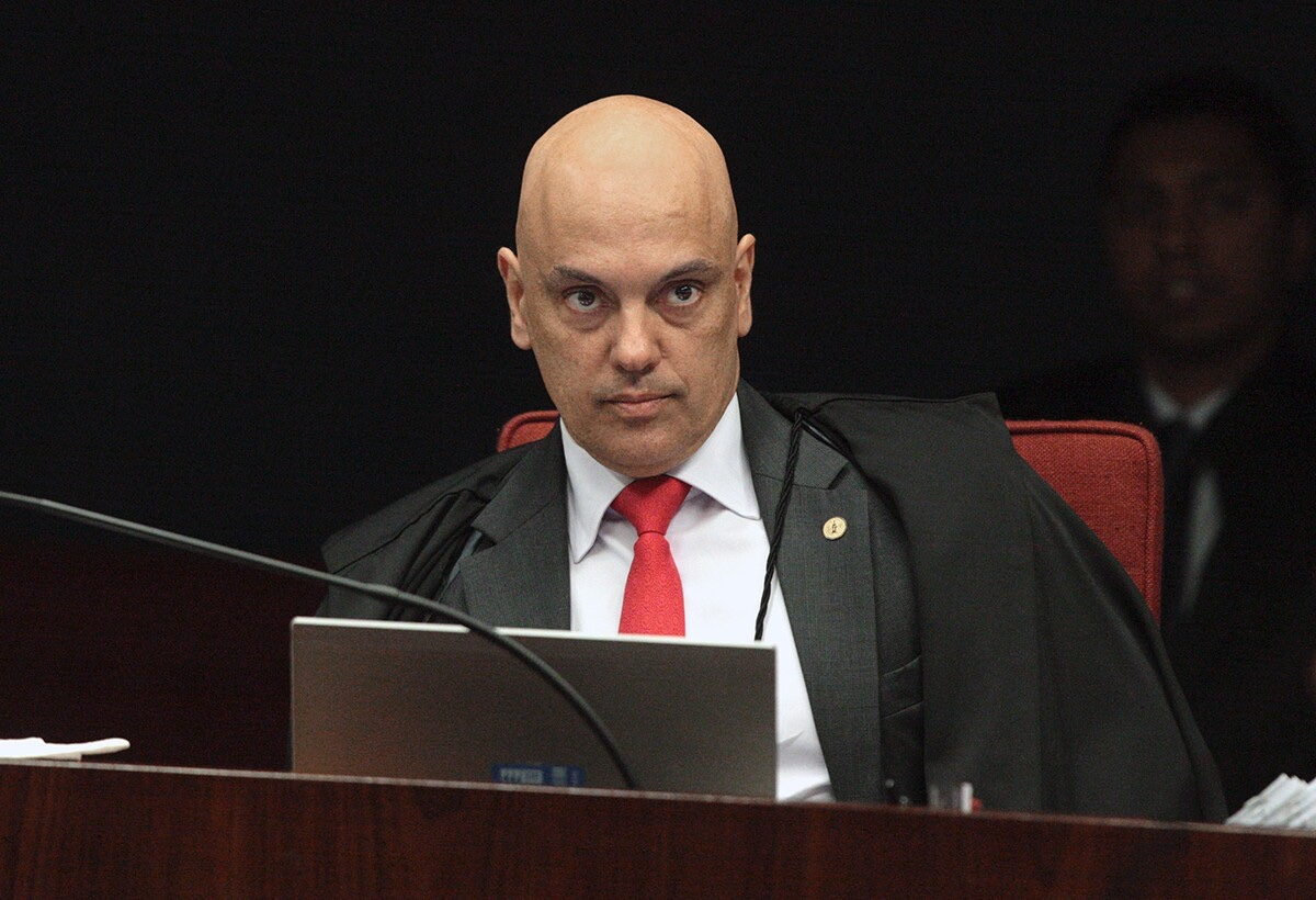 Deputado pede impeachment de Alexandre de Moraes