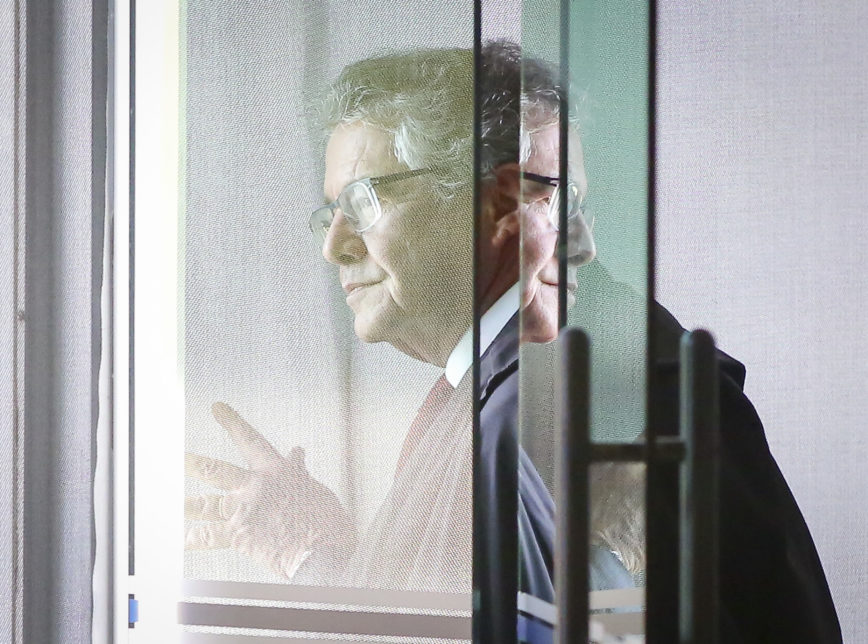 "Marco Aurélio sobre voto de Cármen Lúcia: ""Todo mundo ficou perplexo"""