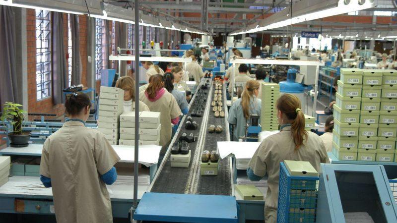 Confiança da indústria atinge maior nível dos últimos nove anos