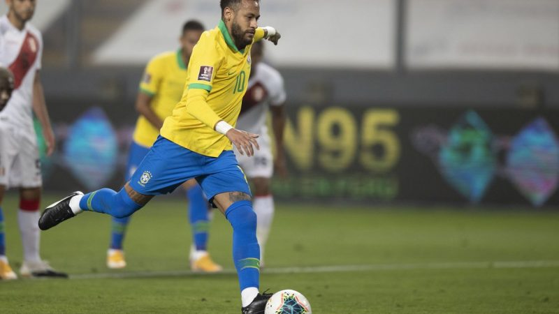 Seleção brasileira permanece em terceiro no ranking da Fifa; Bélgica lidera