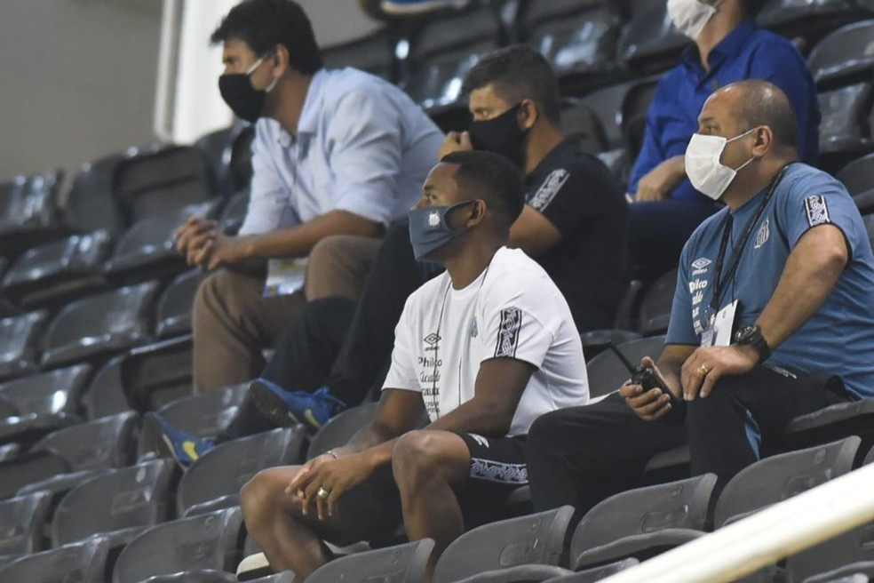 """Defesa de Robinho no Brasil se manifesta: """"Não houve violência sexual"""""""