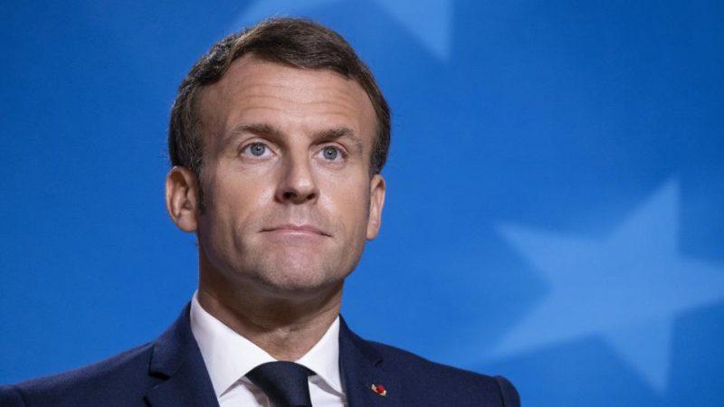 Cresce boicote de muçulmanos à França após Macron defender caricaturas de Maomé