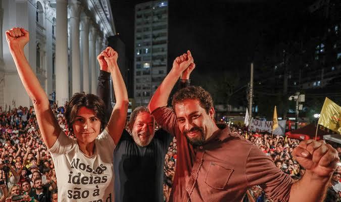 """JUSTIÇA VETA """"LIVEMÍCIO"""" DE CAETANO VELOSO PARA AJUDAR CAMPANHA DE MANUELA D'ÁVILA E BOULOS"""