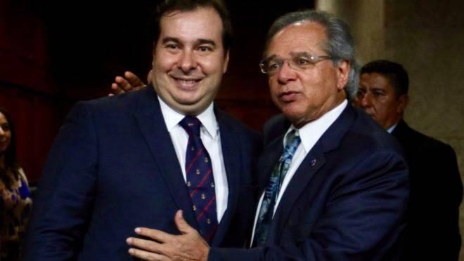 PAULO GUEDES E RODRIGO MAIA JANTAM E PROMETEM AVANÇAR NAS REFORMAS