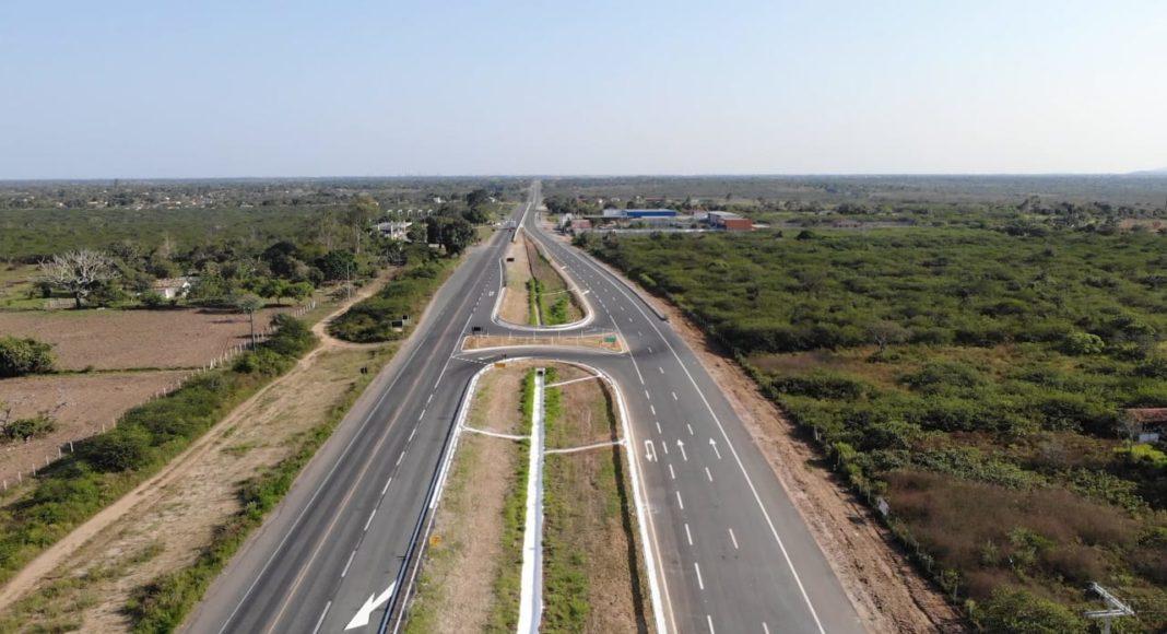 Governo Bolsonaro libera primeiro trecho de duplicação da BR-116 na Bahia