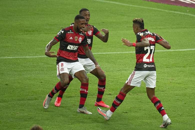Flamengo, Santos; São Paulo, Inter; os jogos de quarta e onde assistir