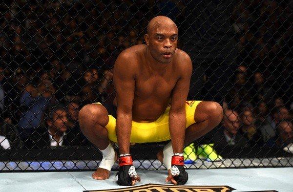 Anderson Silva se prepara para luta final no UFC, mas aposentadoria do MMA ainda é incógnita