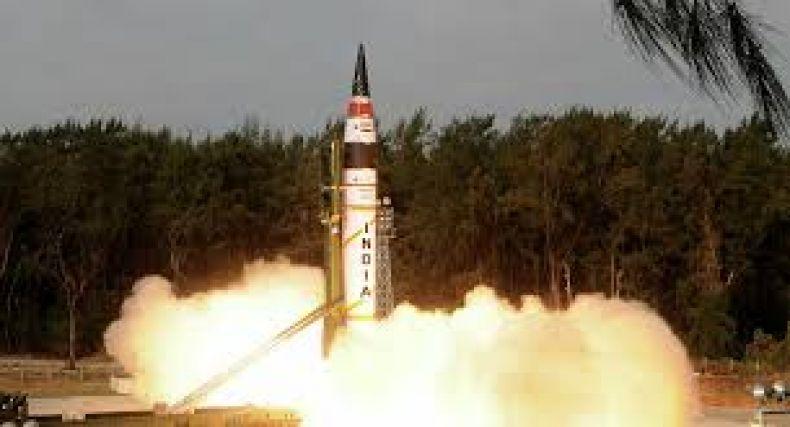 Índia tem êxito em lançamento de míssil hipersônico Shaurya; alcance é de 1 mil quilômetros