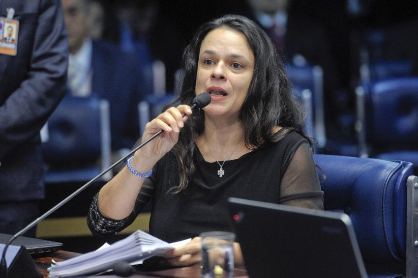 Janaina Paschoal pede que autoridades investiguem instituições de saúde e médicos que aguardam casos de Covid piorarem para tratar