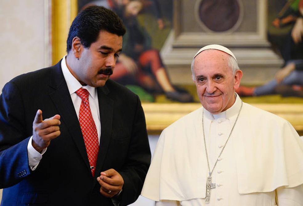 Maduro cita papa e pede que Congresso avalie casamento homoafetivo