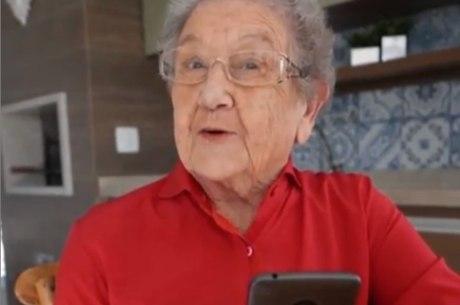 Apresentadora Palmirinha Onofre é internada em São Paulo