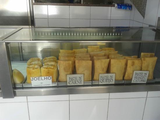 Casal de chineses que exercia trabalho escravo em pastelaria no Rio de Janeiro é resgatado