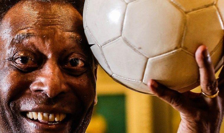 Depois de um mês internado, Pelé recebe alta