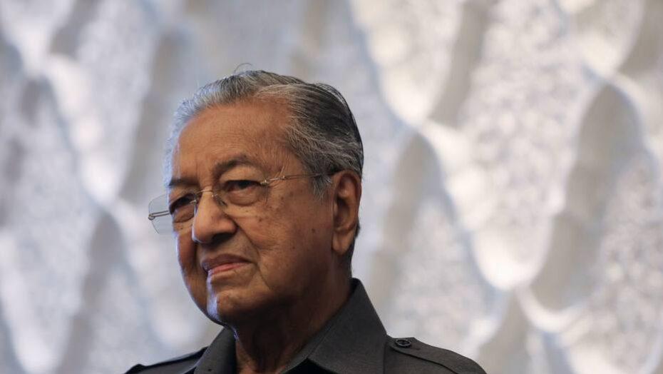 Polêmica: Ex-premiê da Malásia diz que muçulmanos têm 'direito de matar milhões de franceses'