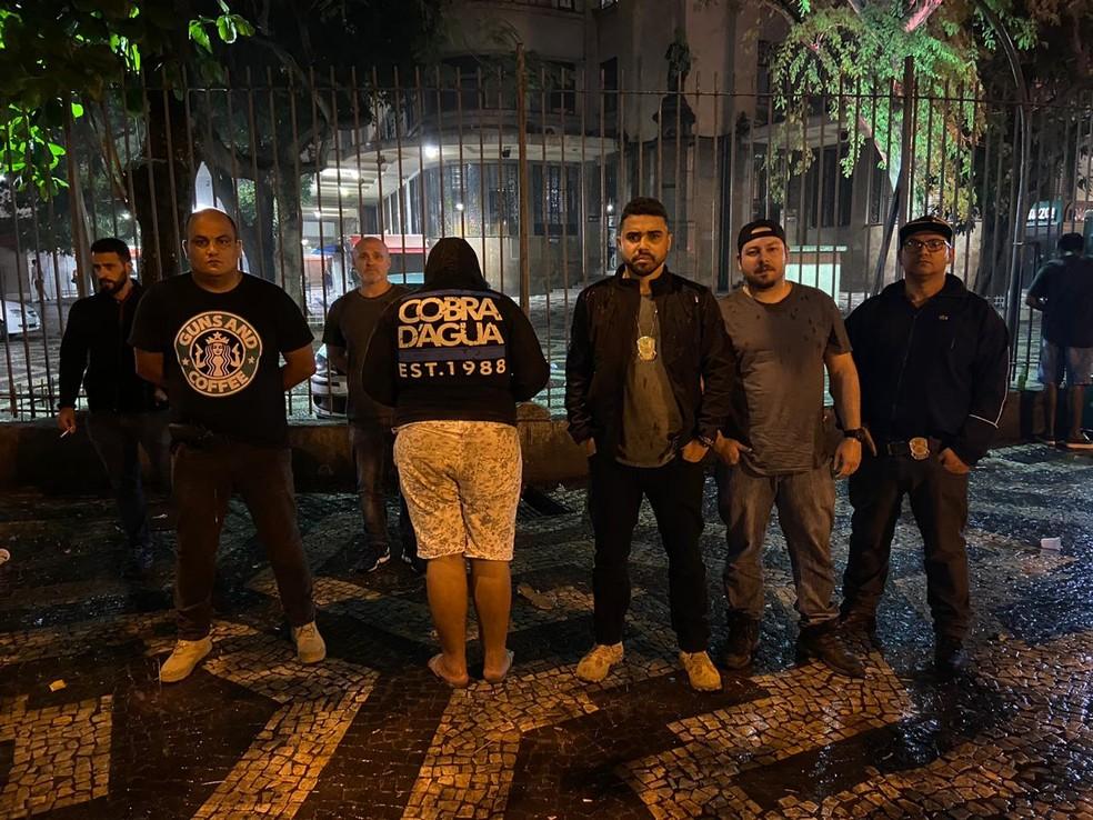 Suspeito de matar padre em MG é preso no Rio; crime foi planejado para quitar dívida com traficantes, diz delegado