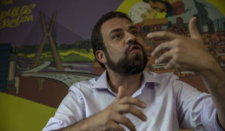 Boulos paga mico e dá informação errada ao justificar acampamento de 'sem-teto' em área ambiental