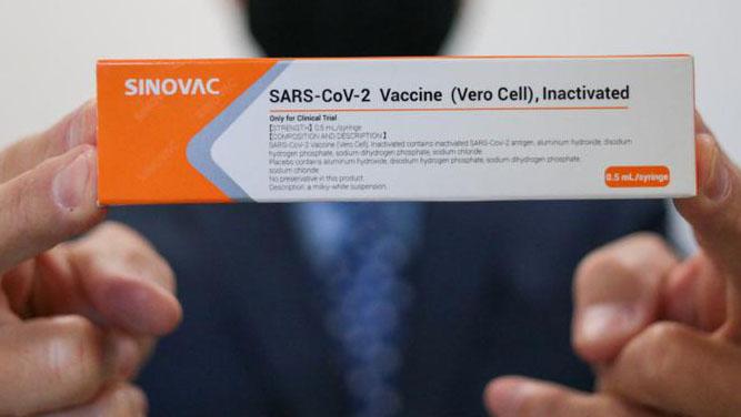 Alemanha volta a barrar a entrada de brasileiros vacinados com Coronavac, uma semana depois de liberar