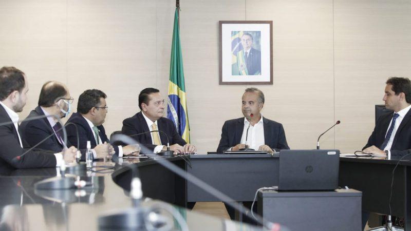 Bolsonaro levará água até o Seridó do RN; licitação foi lançada hoje pelo ministro Rogério Marinho