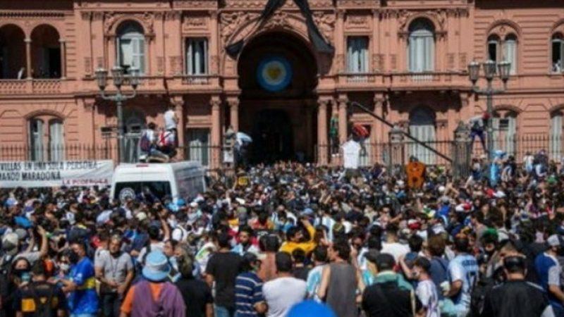 Finalmente: presidente Argentino encerra maior quarentena do mundo e pode ter destruído a economia do país