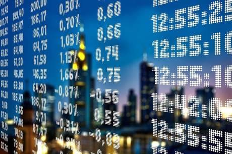 Ibovespa recupera-se e fecha em alta de 1,3%