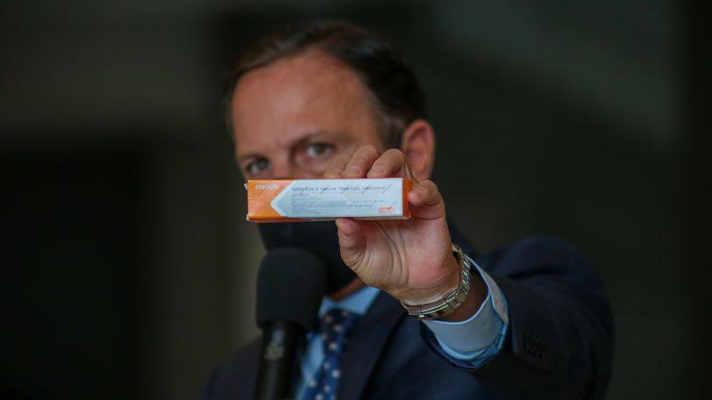 Doria ignora certificação da Anvisa e diz que vacinação contra Covid-19 em SP começa em janeiro