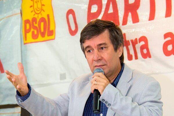 LOUCURA: VEREADOR ELEITO DO PSOL PROPÕE DERRUBAR OS PRÉDIOS DA ORLA MARÍTIMA DE NATAL