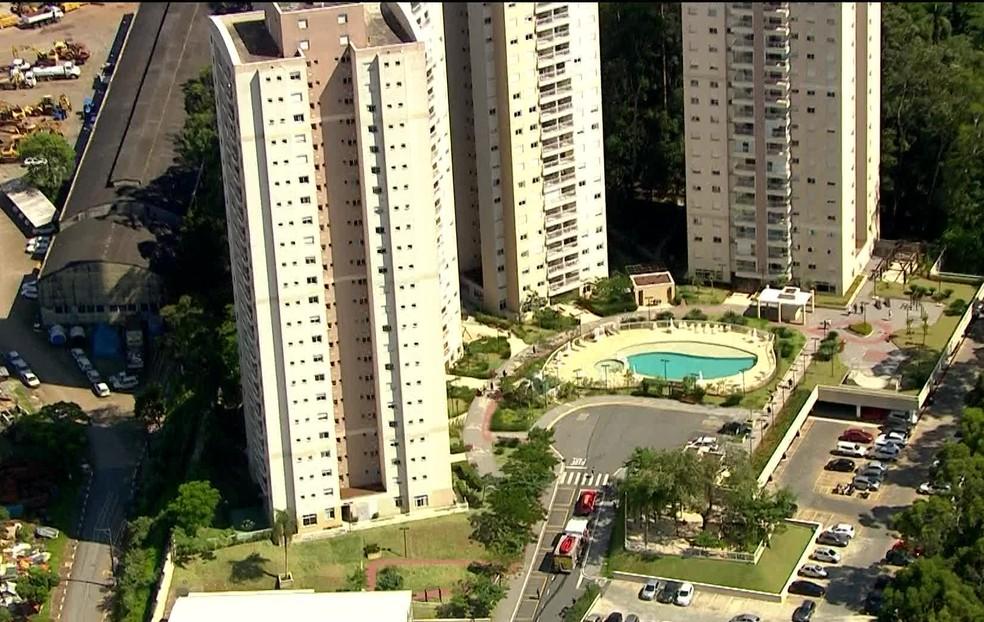 Criança de 5 anos cai de prédio em SP