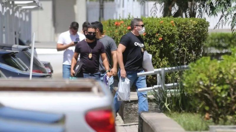 URGENTE: Irmão de Naumi Amorim, candidato de Ciro Gomes a Prefeito de Caucaia, foi PRESO agora há pouco com carro cheio de dinheiro