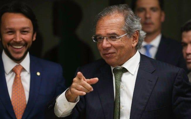 """Guedes comemora 4º mês de saldo positivo do Caged: """"Desde 1992, o Brasil não criava tantos empregos em um mês"""""""