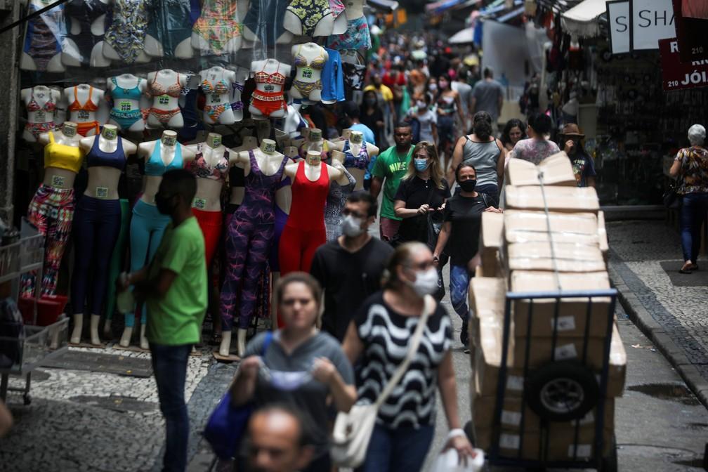 PIB do Brasil cresce 7,7% no 3º trimestre e país sai de 'recessão técnica'